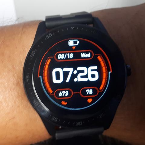 11518-n-m580-Smart-watch-006