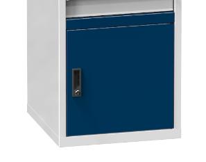 Tür mit Schwelle für KZ- Prüfarbeitsplatz - Höhe: 750 + 50 mm Schwelle