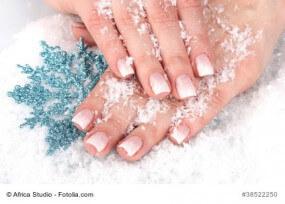 Nagelpflege im Winter – so bleiben Ihre Nägel in Topform
