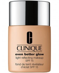 Foundation Even Better Glow Light Reflecting Makeup SPF 15 Typ 1,2,3,4