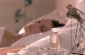 Parfümwerbung mit Keira Knightley