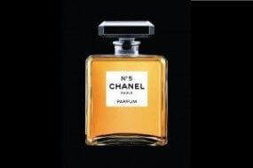 Chanel No. 5: eine Ausstellung erinnert an den weltweit berühmtesten Duft