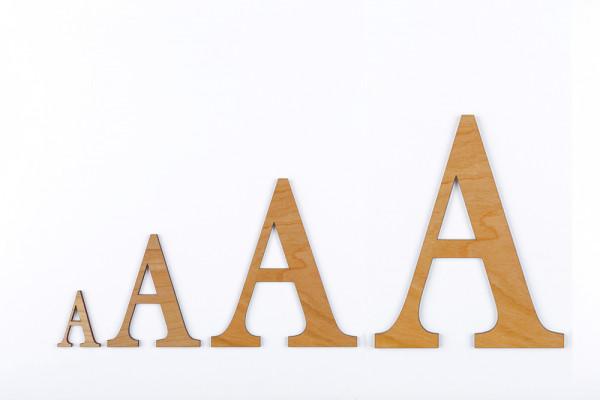 Holzbuchstaben Buche