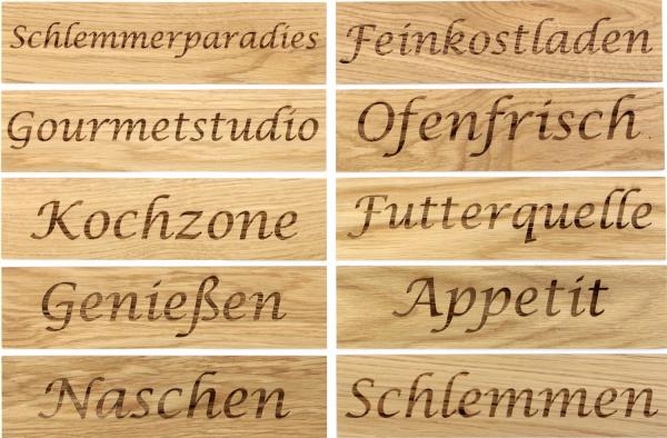 Schriftzüge Gravuren Holz Küche