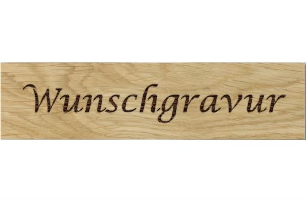 beschrifte Holzriemchen indivudelle Wandverkleidung Holz